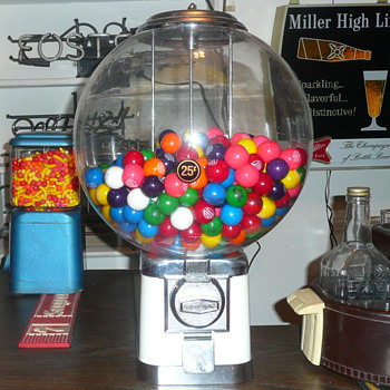"Beaver Gumball ""Big Bubble"" Machine - Coin Operated"