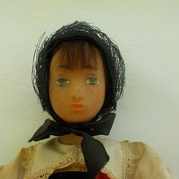Is this a early Sasha doll? - Dolls