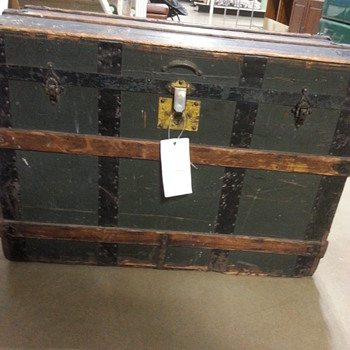 Steamer Chest of some sort - Furniture