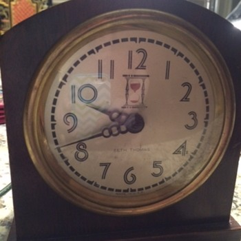 Seth Thomas Electric with 60 Second Hourglass Indicator PrePatent - Clocks