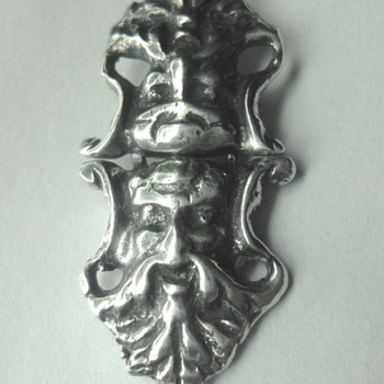 Intriguing silver clasp - Victorian Era