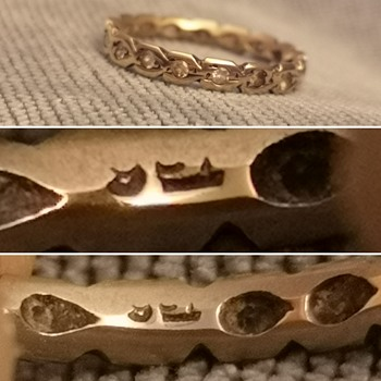 old Gold ring, Unusual Hallmarks? - Gold
