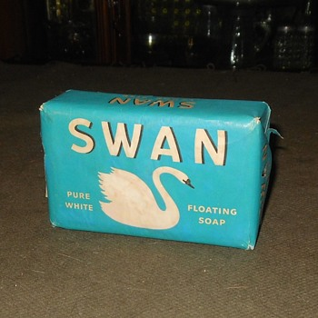 Swan Floating Soap Lever Brothers 1940s - Advertising