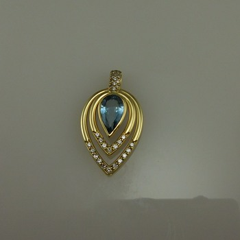 18k Gold Auqamarine Pendant with Diamonds  - Fine Jewelry