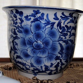 These pots are my favorite... - China and Dinnerware