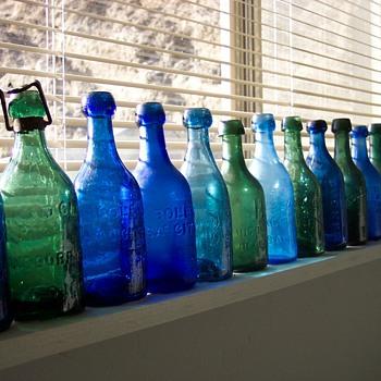 Pontil bottle collection