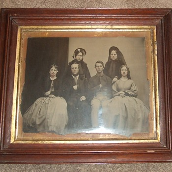 MAMMOTH plate ambrotype of Civil War soldier and Family