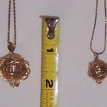 14 Karat Solid Gold Unispheres - Advertising