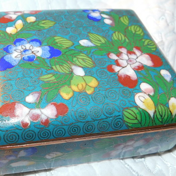 "Antique/Vintage Chinese Intricate Gorgeous Cloisonne "" 1920-40 Smoking Box ""  / cigarette case - Asian"