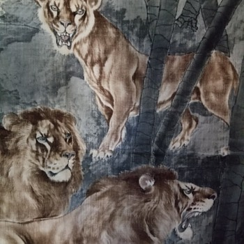 Japanese Yuzen Birodo Silk Panel with Lions, Meiji Era - Animals