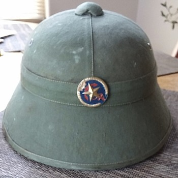 What kind of pith helmet is this? Please help.