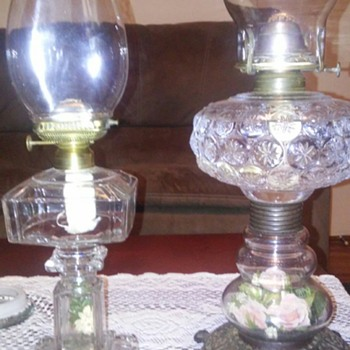 Flower stemmed oil lamps - Lamps