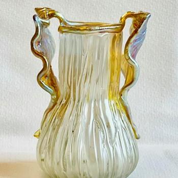 """Loetz """"Gloria"""" vase ca. 1904 PN II-1483 - Art Glass"""
