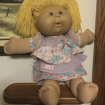 Vintage Cabbage Patch Kid Doll - Dolls