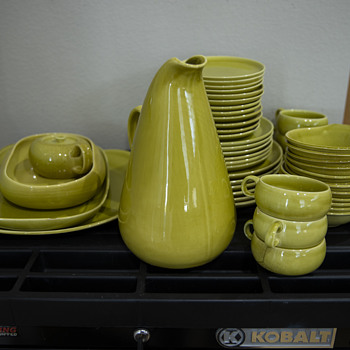 Russell Wright Dishes - China and Dinnerware