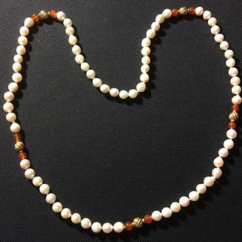 Pearl & 18c gold & carnelian beads  - Art Deco