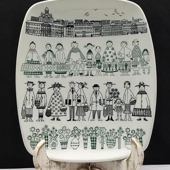 Arabia Finland Emilia City Life Platter - Pottery