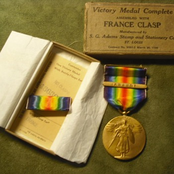 S. G. Adams Boxed Victory Medal - Military and Wartime