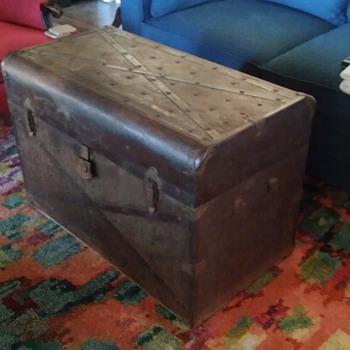 Need help identifying - Furniture