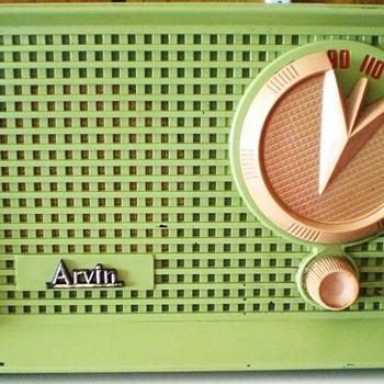 1955 Arvin Model 951T Radio