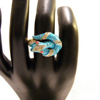 "Vintage Trifari ""Garden of Eden"" Turquoise Snake Ring - Costume Jewelry"