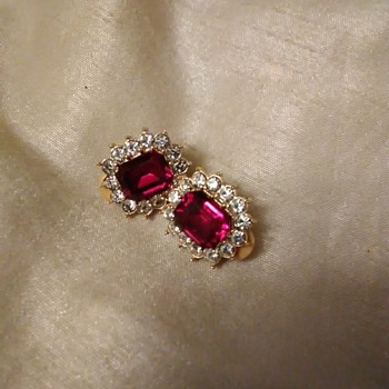 My favorite clip on earrings - Costume Jewelry
