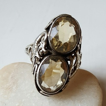 Arts and Crafts citrines double shank ring, mythical creature. - Fine Jewelry