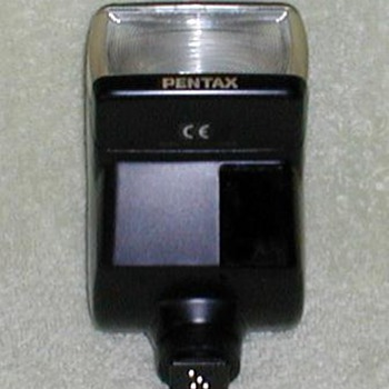 Pentax CE Electronic Flash Unit - Cameras