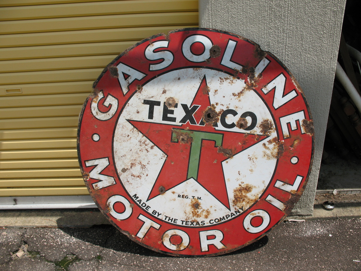 COLLECTIBLE ANTIQUE AUTOMOTIVE SIGNS