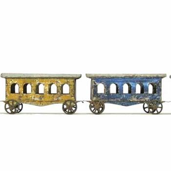 Very Old Pull Toy Tin Train - Model Trains