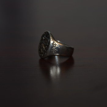 1945 Dragon China Ring