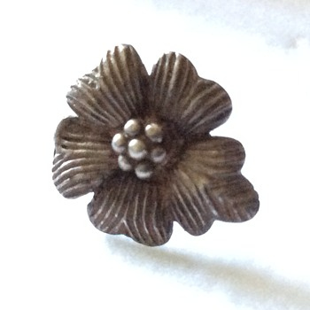 Vintage silver earring