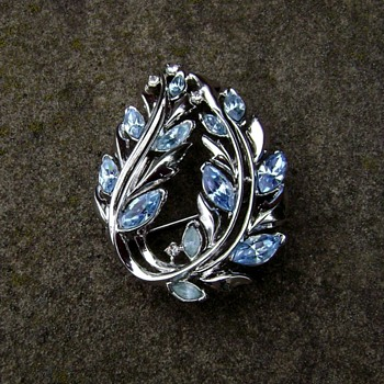 Trifari Leaf Pin - Costume Jewelry
