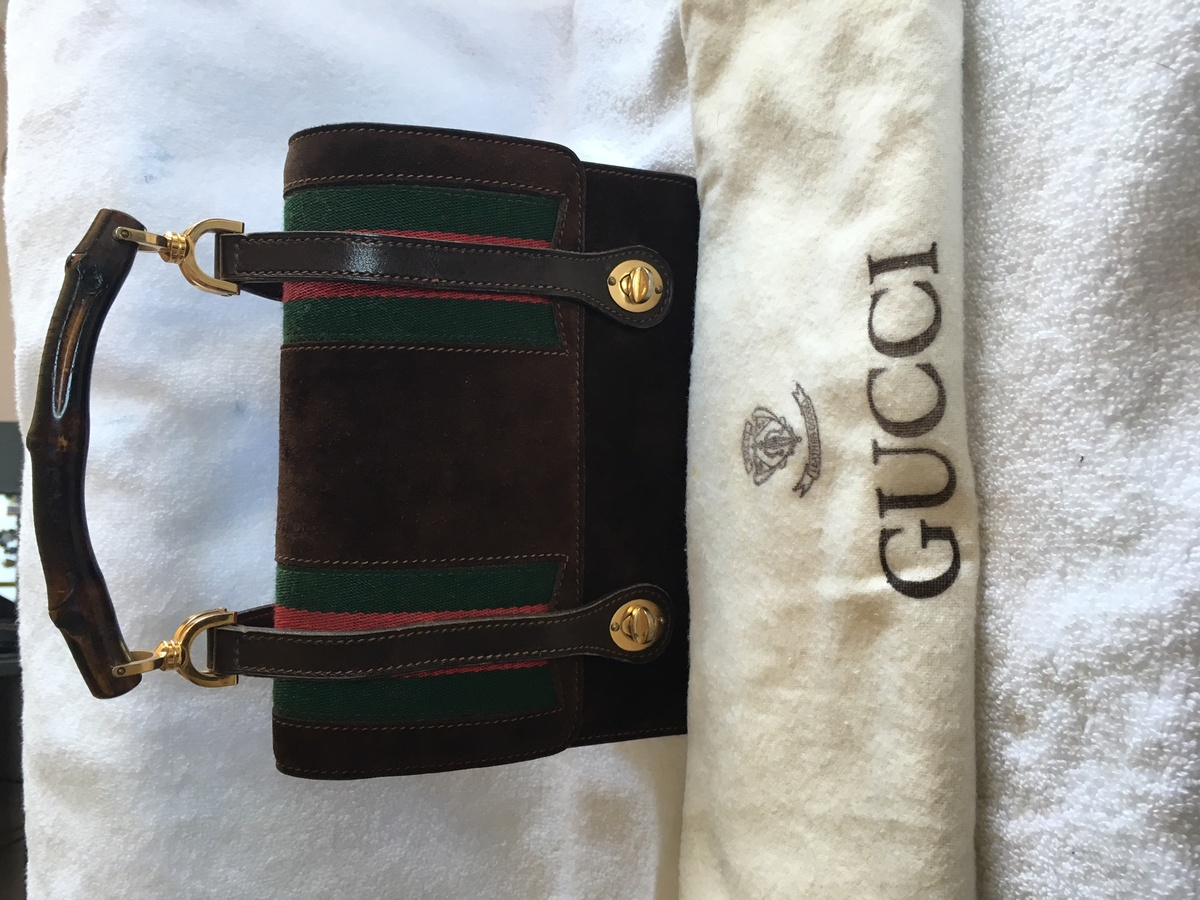 144d3ed50498e3 Rare Vintage Gucci Lunch Box Bag circa 1960s | Collectors Weekly