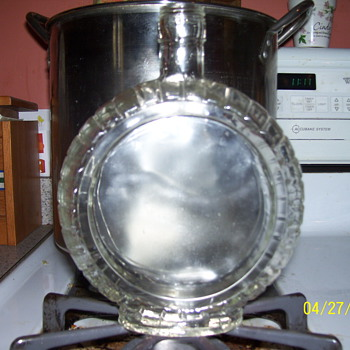 round flask /?on mug - Glassware