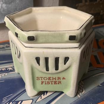 Early Roseville Pottery - Pottery