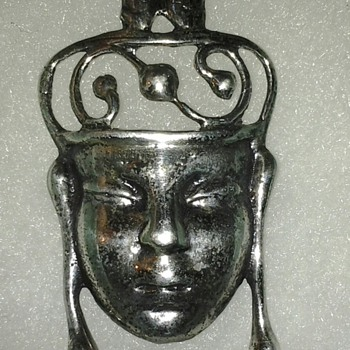 Sterling Silver face pin  - Fine Jewelry