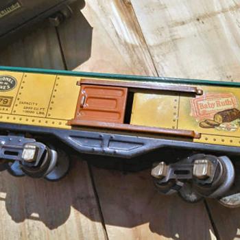 Some Cool Lionel 1930s Lionel Train Items - Model Trains