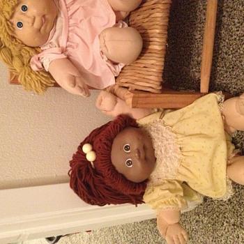 Avis Amelinda has black face and white body! - Dolls