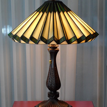 Tiffany Style Accordion Glass Lamp - Lamps