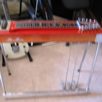 Pro-Master Pedal steel  - Guitars