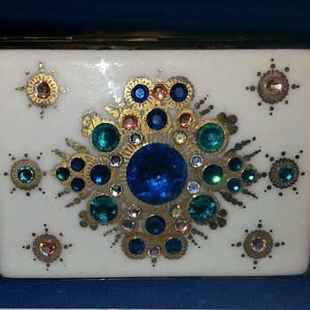 Stunning Vintage Compact - Accessories