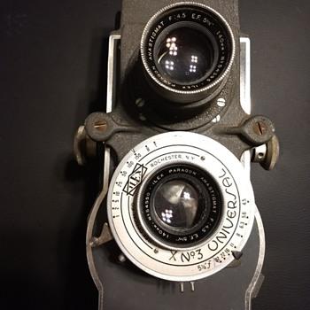Macvan 70 TLR - Cameras
