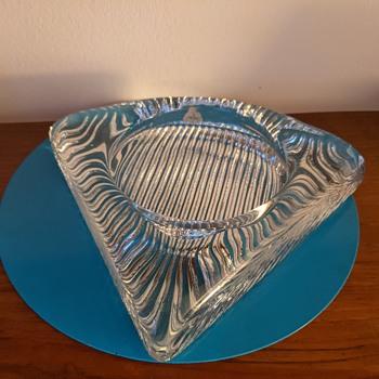 Kastrup Holmegaard ashtray. - Art Glass
