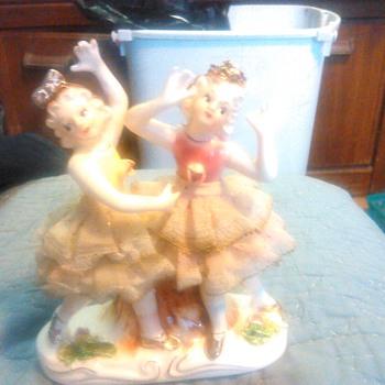 the Girls - Figurines