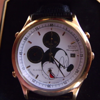 Seiko 7T32 Mickey Mouse Chronograph - Wristwatches