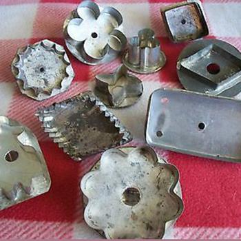 Vintage Biscuit, Cookie Cutters and Kitchen Utensils
