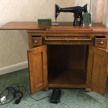 Singer Furniture - Sewing