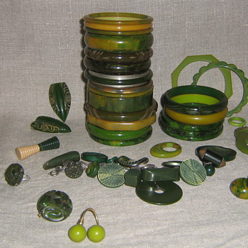 Green bakelite & lucite beauties - Costume Jewelry