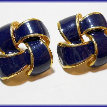 Navy enameled Earrings ( Marked with ??? ) - Costume Jewelry